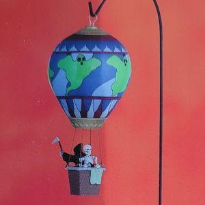 LEMAX grim balloon ride